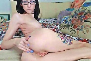 Hot Petite Tattoo Chick Squirts On Cam