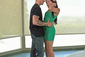 A Slender Latina Named Kimberly Gates